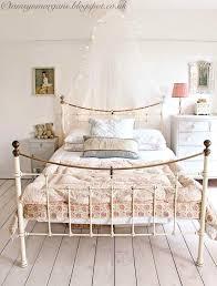 vintage inspired bedroom ideas vintage room ideas creating a vintage chic little girls wonderland