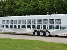 Red Barn Trailers Best 25 Horse Trailers Ideas On Pinterest Closed Circuit
