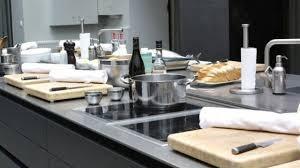 atelier cuisine cyril lignac cyril lignac chef cuisinier actu recettes ct maison cours