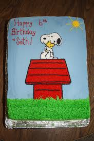 snoopy cakes snoopy cake cakes things snoopy cake snoopy and cake