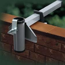 sonnenschirmhalter balkon sonnenschirmhalter videx für mauerbrüstung aluminium