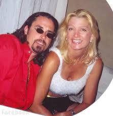 richard rawlings long hair photos is richard rawlings married meet his wife suzanne aka sue