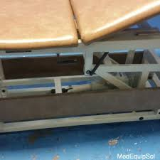 Physical Therapy Treatment Tables by Used Tru Trac Tru Easy Mfg Co Treatment Table E600320 Physical