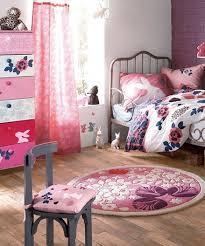 tapis chambre fille tapis rond verbaudet dans une chambre fille photo 3 10 de chez