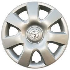 toyota camry hubcaps 2003 02 06 toyota camry hub caps genuine toyota factory