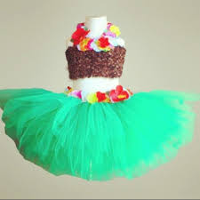 the 25 best hawaiian costume ideas on pinterest hawaian costume
