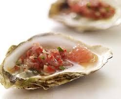 cuisiner les huitres recette huîtres grillées plemousse et pointe de cayenne