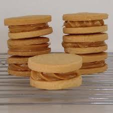 the misadventurous maker dulce de leche shortbread sandwiches
