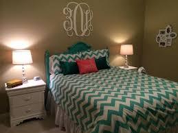 chevron bedroom curtains chevron bedroom best gray yellow bedrooms ideas on chevron bedroom