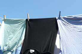how to choose and use a clothesline or clothes drying rack