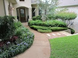 Home And Yard Design by Front Yard Design Inspiration For Austintastic Landscapes Lisa U0027s