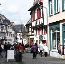 Immobilien Bad Neuenahr In Bad Münstereifel Eröffnet Erstes Outlet Center In Historischer