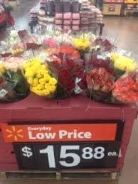 how much does a dozen roses cost gentlemen get your s day roses at walmart