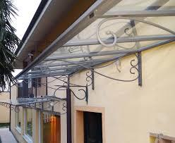 tettoia in ferro pensilina tettoia pensiline modulari in ferro battuto vetro