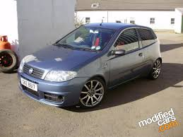 fiat punto 2002 view of fiat punto 1 2 16v active photos video features and
