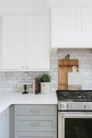 kitchen styling ideas best 25 kitchen styling ideas on kitchen countertop