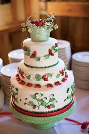 unique wedding cakes 10 unique wedding cakes we bridalguide