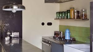plane de travail cuisine relooker sa cuisine rustique les conseils d une pro