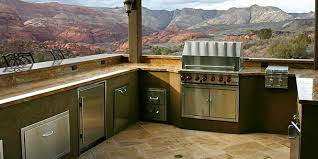 best outdoor kitchen appliances 5 tips for choosing the best grill for your outdoor kitchen