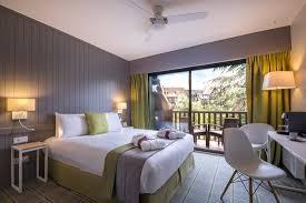 chambre avec deauville chambre privilège avec balcon côté parc rénovée picture of mercure