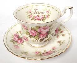 Flowers Of The Month Nivag Collectables Royal Albert Flower Of The Month Series