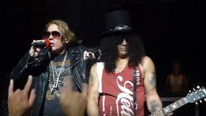 quality footage of guns n roses intimate apollo