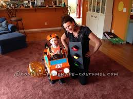 Cheap Halloween Costumes Easy Car Themed Family Halloween Costumes