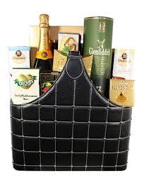 scotch gift basket glenfiddich scotch whisky veuve chagne gift basket toronto
