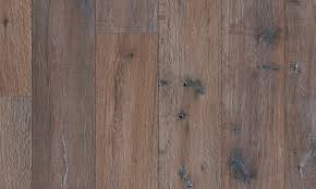 Dark Oak Laminate Flooring Laminate Flooring With Wood Effect Reclaimed Dark Oak By Pergo