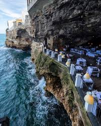 this italian cave restaurant gives you the romantic getaway you u0027ve