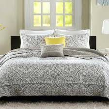 Bedroom Linens And Curtains Master Bedroom Bedding Ideas Master Bedroom Quilts Master Bedroom