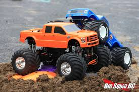 monster truck toy videos trigger king rc mud and monster truck series 14 big squid rc