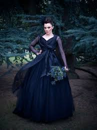 Unusual Wedding Dresses The Couture Company Alternative Bespoke Wedding Dresses And Corset