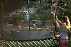 springfree 10ft trampoline u0026 safety net enclosure