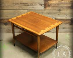 lane acclaim end table lane acclaim 900 22 etsy