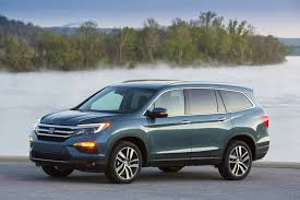 honda pilot 206 2017 honda pilot vs 2017 ford explorer compare cars
