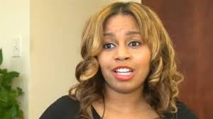 hairstyles for waitresses former hooters waitress awarded 250 000 in racial discrimination