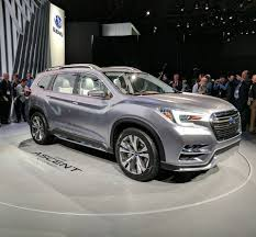 subaru suv concept subaru ascent concept previews new 3 row suv motor trader car news