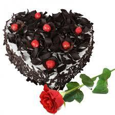 1 kg heartshape blackforest cake with rose