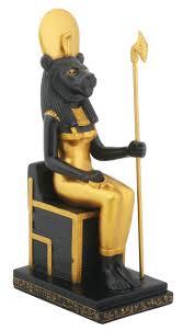 amazon com sitting sekhmet collectible figurine egypt home