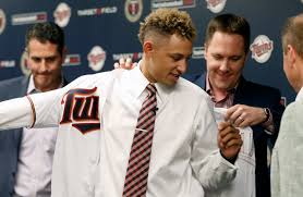twins u0027 draft pick royce lewis is making the transition to pro ball