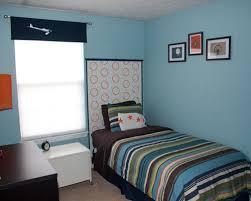 wallpaper dinding kamar pria 75 desain keren kamar tidur remaja laki laki rumahku unik