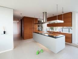 plan de cuisine moderne avec ilot central 73 idées de cuisine moderne avec îlot bar ou table à manger se