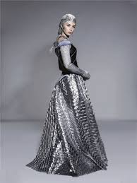 emily blunt as freya in the huntsman winter u0027s war once upon a