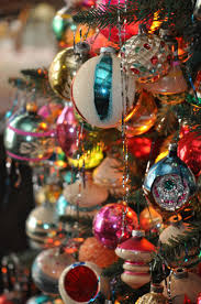Vintage Christmas Decorations Vintage Christmas Tree Decorating Ideas Artofdomaining Com