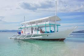 explorer cruise labuan bajo flores le pirate beach club