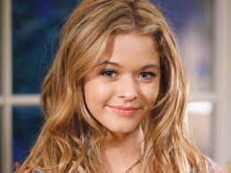 fashion inspiration alison dilaurentis from pretty little liars