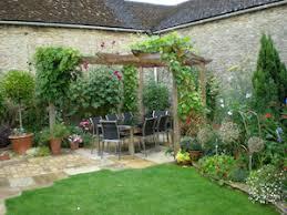 North Facing Backyard Raised Bed Garden Buckinghamshire