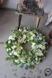 funeral flower best 25 funeral flowers ideas on funeral flower