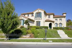 Sloped Front Yard Landscaping Ideas - front yard slope ideas